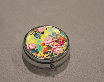 * tooth box small * pill box or other use