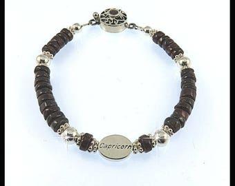 January Capricorn, Garnet birthstone bracelet, Garnet charm bracelet, Capricorn charm bracelet, Garnet gemstone bracelet, January birthstone
