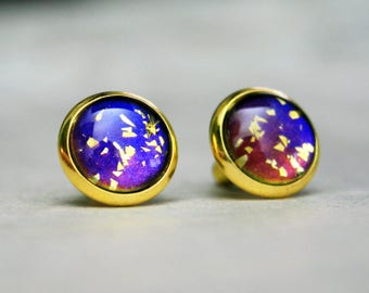 Wonder Woman Inspired - Color Shifting - Stud Earrings - Blue Red and Gold