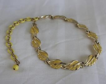 Coro (Pegasus) Yellow Leaf Choker