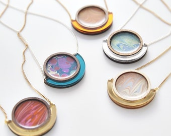 Esoteric london x paperwilds collaboration - marbled circle necklace