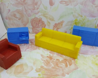 Marx Livingroom 4 Piece Furniture  Dollhouse Traditional Style Soft and Hard  Plastic