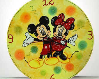 vinyl disc-wall clock-hand painting-handmade-acrylic colors-hagiography powder-mickey & minie mouse-disney-children-boy-girl-gift-birthday
