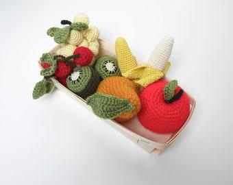 Small crochet fruit crate