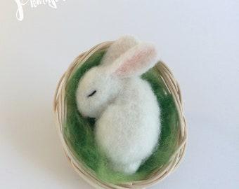 Needle felted WHITE BUNNY gift for mom, felt sleeping bunny, handmade needle felted easter bunny gift for kids, cute white sleepy rabbit