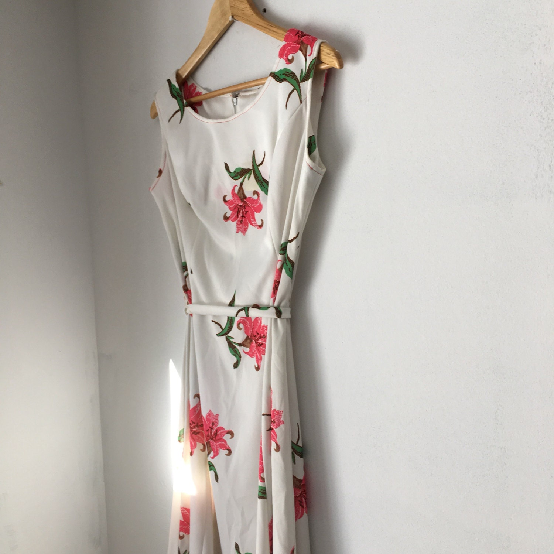 Vintage Tank Dress With Flower Print Sleeveless Dress White
