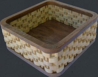 Flat braided wood
