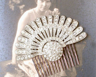 Antique Art Deco Hair Comb, Rhinestone Fan Vintage 1920s Wedding Dress Clip, Flapper Crystal Bridal Hair Accessory Great Gatsby Hairpiece