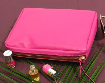Undercover Deep Real Leather Silk Lined Make Up Bag