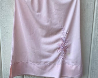 Girls or Womens XS pale pink vintage half slip