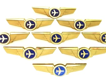 10 Kids Airplane Airline Pilot Wing Plastic Kiddie Pins Party Favors