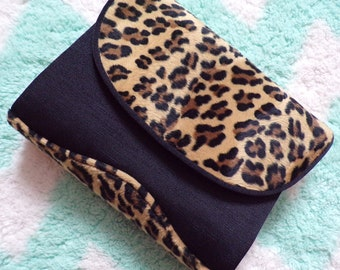 1980s BLACK LEOPARD HANDBAG shoulder bag purse clutch 80s