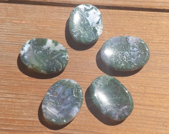 MOSS AGATE Worry Stone Natural Stone Hand Carved Gemstone Worry Stone