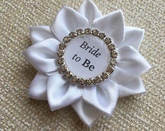 WHITE Bride To Be Badge Pin Brooch, Bridal Shower, Hen Party Present, Mom