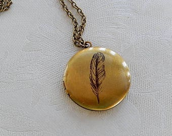 Feather Locket, Round Pendant, Working Locket, Photo Image, Gift for Her