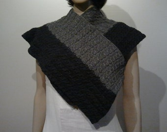 Knitted scarf or shawl with cables and rib in grey wool with yak