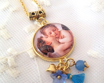Necklace cameo first kiss of Bouguereau.