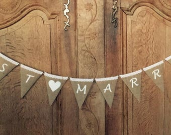 JUST MARRIED Garland - Flags of burlap canvas - Deco wedding