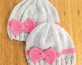 Baby bow beanie / pink ecru hand knitted bonnet hat / baby 0-4 months 4-12 months / baby shower gift / girl headband knitted hat