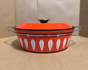 "Cathrineholm of Norway - Orange Lotus - 10.5"" Dutch Oven Pan - Circa 1960s"