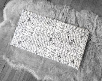 Hemmahos Bench Pad Slip Cover, Newspaper, Script Print