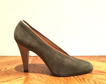 1970's new Italian shoes in gray suede - high heel, Made in Italy, size 40 UK 7 US 9/SHALAKO Paris