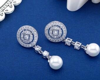 Pearl Earring, Bridal Earrings, Wedding Earrings, Crystal Earrings, Statement Earring, Drop Earring, Crystal Drop Earring, Statement Earring