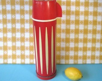 Universal Thermos - Red & White Stripe - Glass Lined - Vacuum Bottle - 1 Quart - Coffee Thermos - Mid Century Vintage 1960's