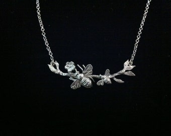 Queen Bee Mom and Child ~ Solid 925 Sterling Silver ~ Necklace