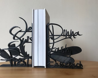 Outlander Series - 3D Printed lightweight Decorative Bookends