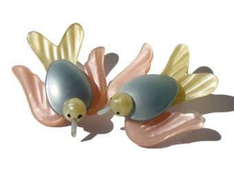 Vintage Moonglow Birds Pearlized Lucite Bird Brooches - Set of 2 Pins