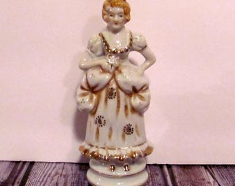 Vintage  Made in Occupied Japan Porcelain Victorian Figurine