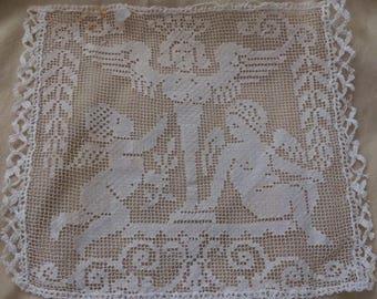 Antique Lace Insertion Insert Fragment Cherubs Figural Putti Ivory Ecru A42