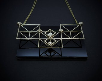 SPACE FRAME - Collana Ciondolo Minimal Ottone - Piccola Struttura Architettonica - Gioielli Geometrici Stampa 3d - Idea Regalo