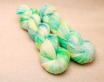 hand dyed yarn 'Early Bulbs' DK