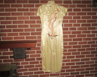 Vintage Beautiful Ivory Silk Chinese Ladies' Dress with Gorgeous Embroidered Bird