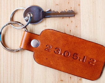 Special Date Leather Key Fob, Custom Leather Keychain, Significant Date Couples Gift, Personalized Leather Anniversary, 3rd Anniversary Gift