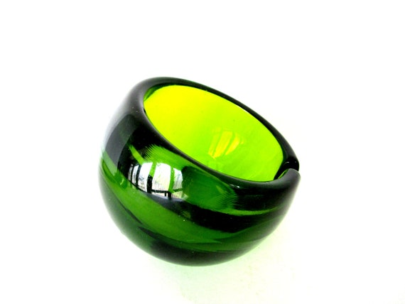 Viking Glass Orb Ashtray, Large Green Viking Glass Ashtray, Art Glass,  Made in USA, Excellent Condition