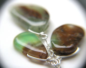 Chrysoprase Necklace . Anti Anxiety Necklace . Stones for Stress Relief Gifts . Sterling Wire Wrapped Necklace Green