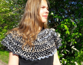 Handmade shawl, Crochet Capelet, Woman Poncho, Woman Shawl, Multicolour Shawl, Shoulder Warmer