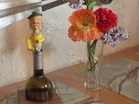 "15 - Wine Stopper, ""Drinker"""
