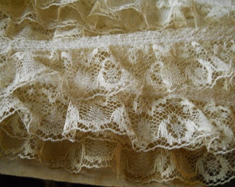 White Ruffled Floral Lace 3 Plus Yards Vintage Sewing Trim Supplies Vintage Sewing Crafts Doll Clothes Boho Clothes Sewing Supplies