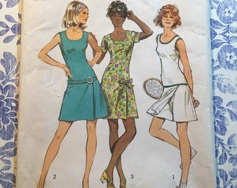 Simplicity 9989 COMPLETE vintage sewing pattern Misses and Women's mini pantdress or tennis dress Size 20