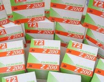 Fuji Fujifilm Fujicolor Z200 duopack 35mm film, expired 2008