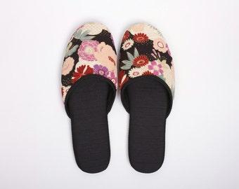 Elegant Kimono Slippers in a bag, Japanese kimono travel slippers, Trip to Japan, Cherry blossoms, Sakura, Black