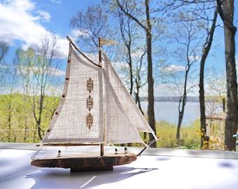 driftwood voilier bois flotté bateau maquette décor