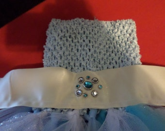 TuTu dress Frozen style Blue tube top.Gem snow flake on front, Skirt White tool,blue tool and White glitter tool. For infant to size 1T