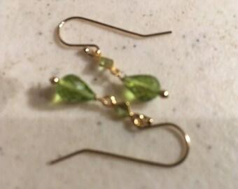 Peridot Earrings - Green Jewelry - Gold Jewelry - August Birthstone Jewellery - Gemstone - Tear Drop - Elegant