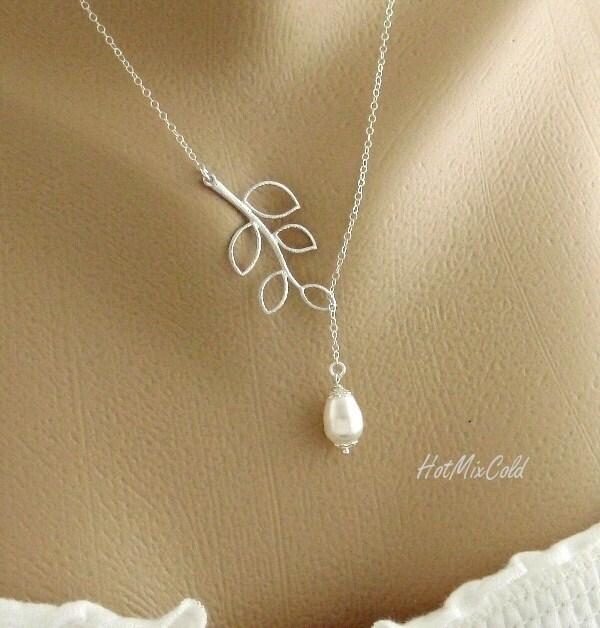 Simple Wedding Jewelry Necklace Dainty Teardrop White Pearl