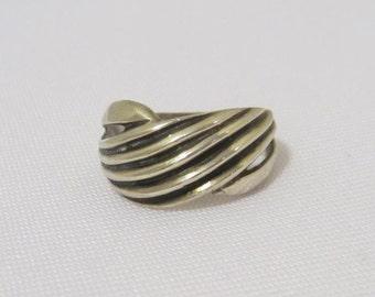 Vintage Modernist Sterling silver Engraved Band Ring Size 7